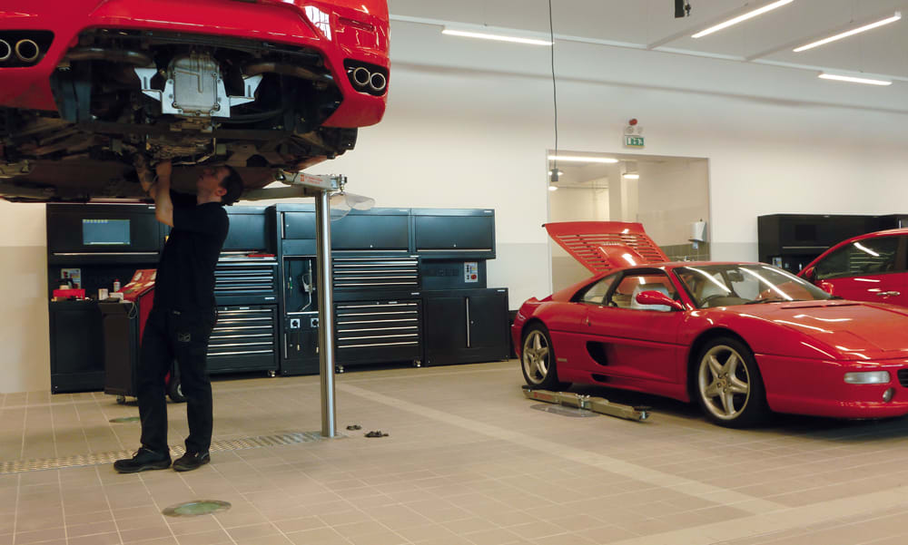Dick Lovett Ferrari, Europe integrated workshop by dura
