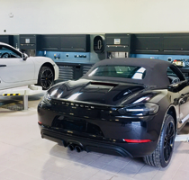 Dura deliver state-of-the-art workshop to new Porsche Centre