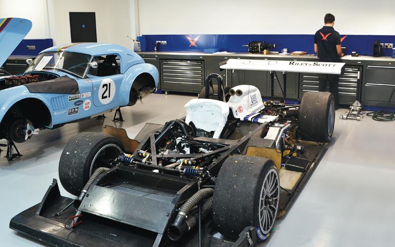 Workshop for Pursuit Racing