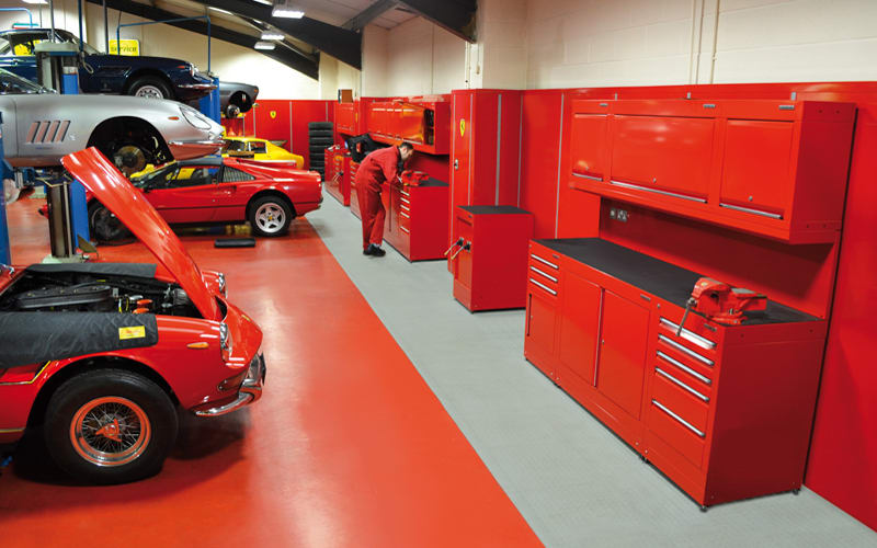 Bob Houghton Ferrari by Dura Ltd