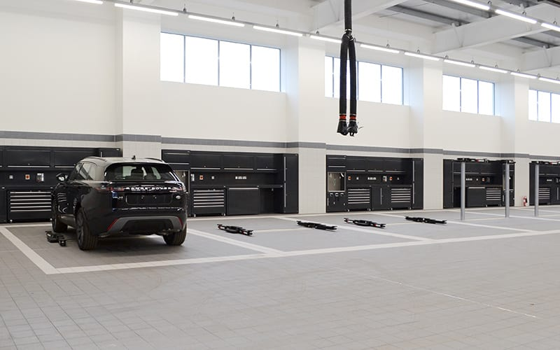 Jaguar Land Rover Workshop Melksham dy Dura Ltd