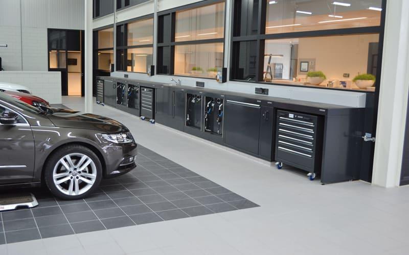 Workshop for VW Pon Leusden by Dura Ltd