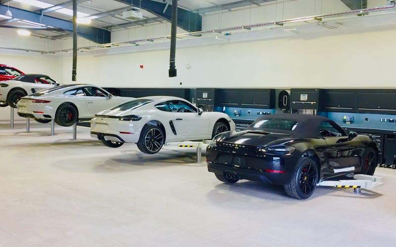 Multi Opbergkast Cars.Porsche Workshops Workshop Cabinets From Dura Ltd